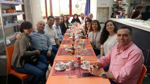 Foto de grupo sobre comunicación no verbal